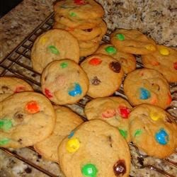 Candy-Coated Milk Chocolate Pieces Cookies I
