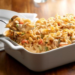 NO YOLKS(R) Creamy Chicken Noodle Casserole Recipe - A comforting and delicious casserole featuring chicken, veggies, tons of cheese and of course always smooth, firm and delicious NO YOLKS(R) Noodles.