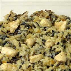 Wild Rice Micro Chicken Recipe - Great for make-ahead meals, this dish features rice and chicken in a creamy mushroom-onion sauce.  You can refrigerate for several hours before popping it in the microwave.