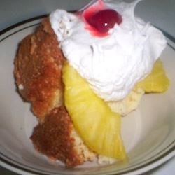 Pineapple Sponge Cake Recipe - This cake is great for any occasion even birthdays and special occasions.  This is one of my mother's favorite special occasion cakes.