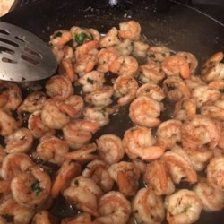 Tequila Lime Shrimp Recipe - This is a recipe for shrimp with a Latino kick utilizing tequila, fresh citrus juices, and garlic.  This is simple and the family will love it.