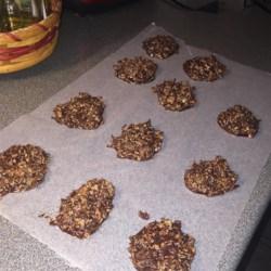 No-Bake Chocolate Coconut Cookies