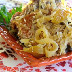 Slow Cooker Pork and Sauerkraut with Apples