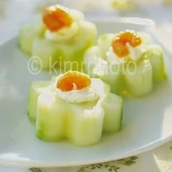 These cucumber appetizers are placed in a way that creates movement.