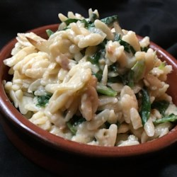 Parmesan and Spinach Orzo Recipe - Parmesan and spinach orzo is a very flavorful and creamy side dish similar to risotto but made with orzo; serve alongside your favorite protein.