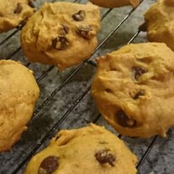 Easy Pumpkin Chip Cookies