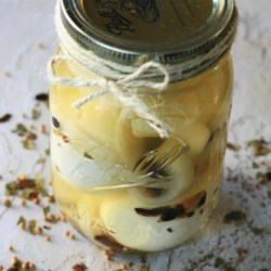 Emily's Pickled Eggs Recipe - This wonderful picked egg recipe is quick and easy.  Perfect for a nice gift, or just to have on hand for entertaining.  Plan ahead though, they need to be refrigerated for at least 3 days before they're ready for eating.