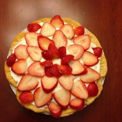 DanDan's Strawberry Cream Pie