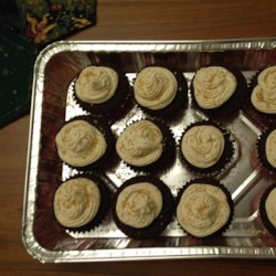 Chocolate Beer Cupcakes With Whiskey Filling And Irish ...