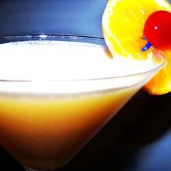 AMAJO's Creamsicle(R) Martini Recipe - An adult version of the orange and cream flavored frozen treats you enjoyed as a kid.