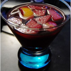Sangria! Sangria! Recipe and Video - The BEST sangria recipe I've been able to hone to perfection! If you like a sweeter Sangria, use ginger ale in place of club soda.