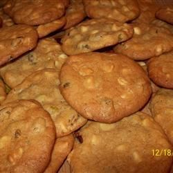 Million Monster Cookies Recipe - Monster cookies, a recipe big enough to feed a very large group.