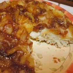 Cottage Pudding - Upside Down Cake Recipe - This is my husband's favorite.  I first made  it over thirty years ago.  You can use canned peaches or pineapple in place of the sliced apples.