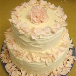 Wedding Cake Frosting Recipe - Buttercream icing for wedding cakes.
