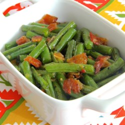 Brown Sugar n' Bacon Green Beans Recipe - Brown sugar and bacon green beans are a sweet and savory replacement for green bean casserole on the Thanksgiving table.