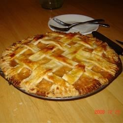 Fresh Peach Pie II Recipe - This recipe makes 2 pies. Fresh peaches slathered with warm peach gelatin, just peachy! Serve with whipped topping.