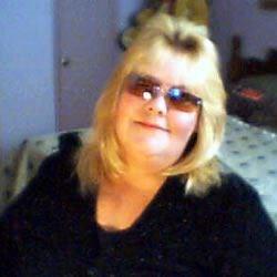 Hello! Im Debbie LaGant