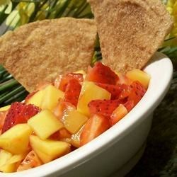 Mango-Strawberry Salsa Recipe - A refreshing summer salsa for those who want something not so spicy. Extremely easy and very flavorful.