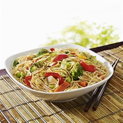 NO YOLKS(R) Asian Fried Noodles Recipe - Faster than ordering in, this Asian noodle stir-fry can be made in minutes and served with chicken, pork or fish.