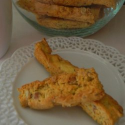 Easy Biscotti - Anisette Toast Recipe - This is the easiest and best tasting Biscotti recipe I have ever made! Received from a co-worker back in 1993, this will make your house smell WONDERFUL!