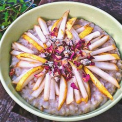 Slow Cooker Pear Rose Cardamom Cake Oatmeal