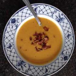 Savory Roasted Butternut Squash Soup Recipe - This savory butternut squash soup is hearty with just the right amount of kick from cayenne pepper.