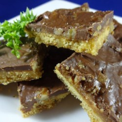 Caramel Graham Crackers Recipe - Make your own butter brickle with graham crackers and this recipe.