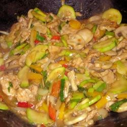 Authentic Thai Cashew Chicken Recipe - Chicken and vegetables in an irresistible Asian sauce. Serve over jasmine rice.