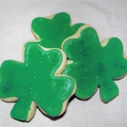 Irish Flag Frosting Recipe - Use this for icing Irish Flag Cookies (see recipe in footnote), or any cut-out cookies you like!
