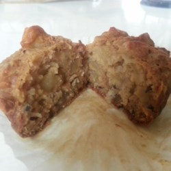 Awesome Apple Muffins Recipe - Neither wheat flour nor sugar is used in this recipe. The product is a moist, naturally sweet and spicy muffin that tastes surprisingly good.