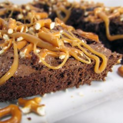 Caramel Pretzel Brownies Recipe - Caramel pretzel brownies are a breeze when made with brownie mix, caramels, chopped pretzels, chocolate chips, and toffee bits.