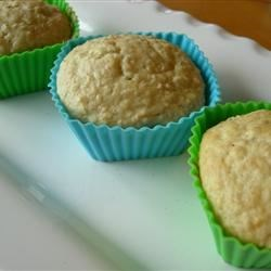 Easy Oatmeal Muffins Recipe - A simple but delicious recipe for oatmeal muffins.