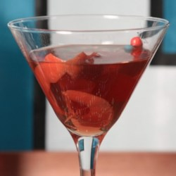 12th Man-Hattan Recipe - This is the perfect drink to serve to the Seahawks fan in your life! When a cocktail just isn't enough, try a Hawktail!