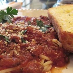 Tasty Spaghetti Sauce Recipe - A quick and tasty spaghetti sauce. I make it for my family all the time, and they love it. Spoon sauce generously over spaghetti noodles. Best served with generous portions of garlic toast.