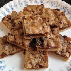 Raisin Butter Tart Squares Recipe - All the flavor of butter tarts, but with a pressed crust that is very easy to make.