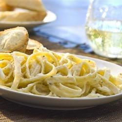 Famous Restaurant Alfredo Sauce Recipe - This is a much sought after recipe from a popular chain restaurant --my nephew worked there as a cook and gave it to me.