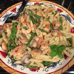 Shrimp and Asparagus Recipe and Video - This recipe is a delicious option for shrimp. Shrimp sauteed with asparagus and mushrooms, tossed with egg noodles.