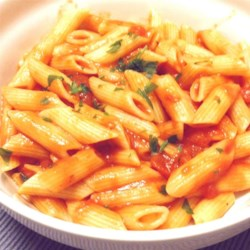 Zesty Tomato Sauce Recipe - Tomatoes, butter, and fresh thyme are among the few ingredients you need to make a tasty tomato sauce for your favorite pizza or pasta dish.