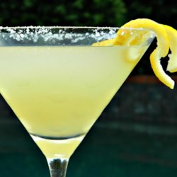 Gerry's Margarita Recipe - This margarita recipe uses fresh lime and lemon juice shaken with sugar and reposado tequila for a fresh and perfect margarita.