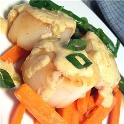 Ginger Scallops Recipe - By itself or served over rice, this dish is elegant but easy to prepare