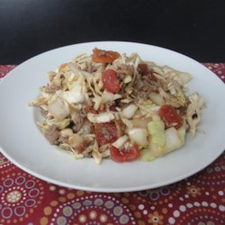 Ground Beef and Chopped Cabbage Recipe - This mixture of ground beef, cabbage, and tomatoes is given a flavor boost with the addition of red pepper flakes, garlic, and Italian seasoning.