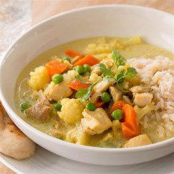 Easy Curry Chicken Recipe - This flavorful chicken dinner is easy when you make it in the slow cooker.