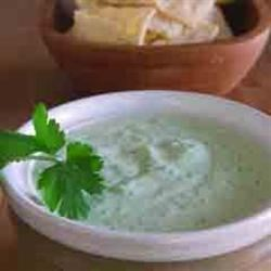 Cilantro Serrano Cream Sauce Recipe - This quick sauce is great for chicken tacos and fish tacos. It's also great as a dip!