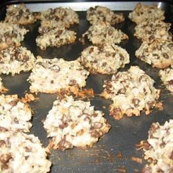 Almond Chocolate Coconut Cookies I Recipe - Light cookie with the taste of an Almond Joy candy bar.