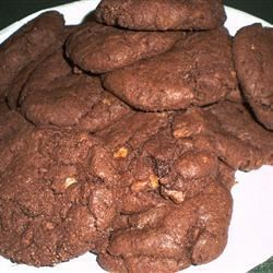 Chocolate Toffee Cookies I Recipe - These rich chocolaty cookies are made with devil's food cake mix. They're so easy to make, it is almost sinful!