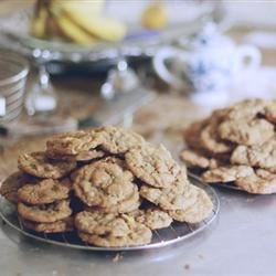 Dishpan Cookies II Recipe - These cookies have a little of everything in them, except for a dishpan.