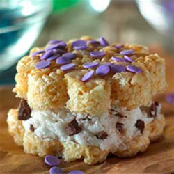 Quick-as-Krispies(TM) Ice Cream Sandwiches Recipe - Making these with your kids is a great way to cool down together on a sunny summer afternoon.