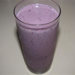 Blueberry, Banana & Peanut Butter Smoothie