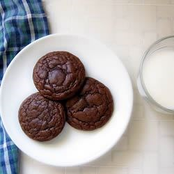Chewy Chocolate Cookies II Recipe - This easy recipe makes chewy and delicious chocolate cookies that taste like brownies.