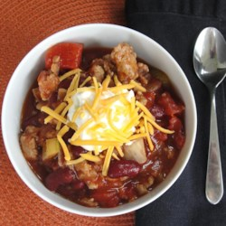 Simple Scandinavian Turkey Chili Recipe - This simple recipe handed down from a Scandinavian mother uses chili beans, diced tomatoes, and tomato sauce to turn turkey, onion, and celery into a chili